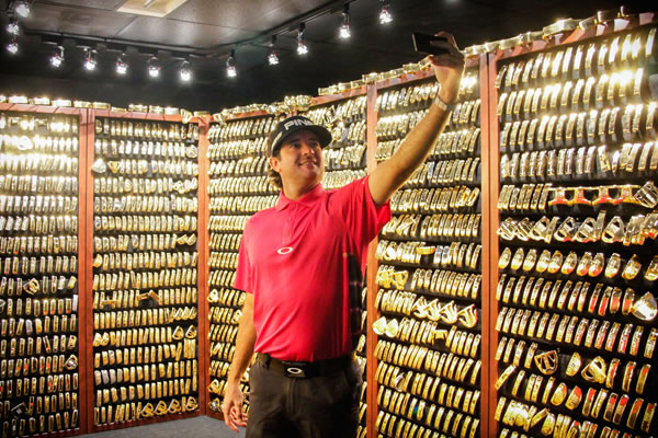 Bubba Watson taking a 'selfie' in the Gold Putter Vault