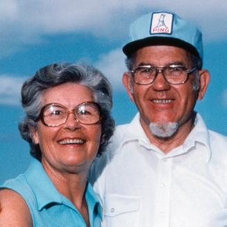 Photo of Karsten and Louise Solheim circa 1970