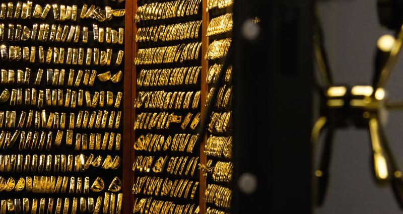 The PING Gold Putter Vault